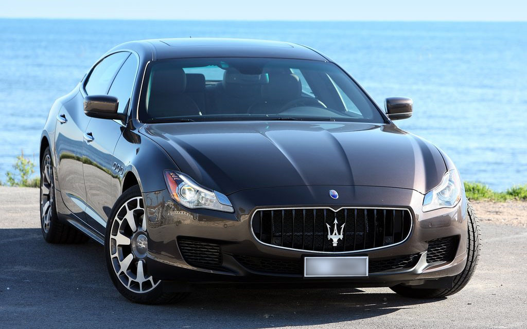 Quattroporte for rent Rome