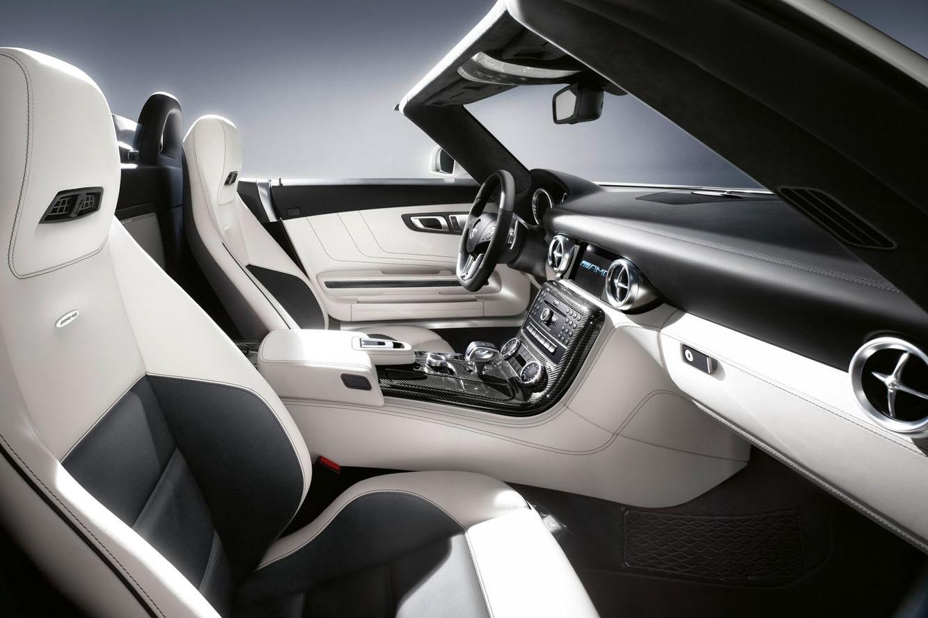 http://www.cannes-car-rental.com/img/Mercedes/SLS_cabrio/interieur/01.jpg